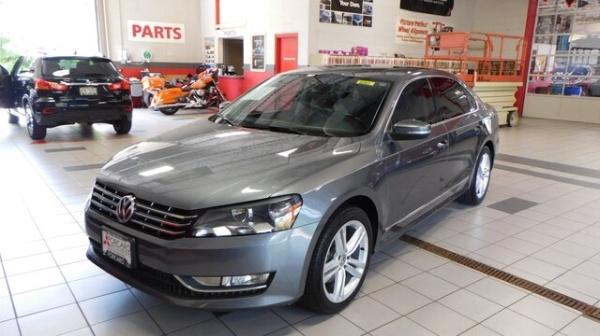 2014 Volkswagen Passat in Racine, WI
