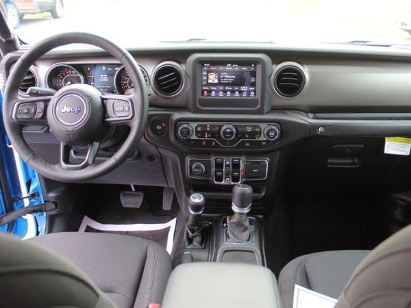 2020 Jeep Gladiator in Benzonia, MI