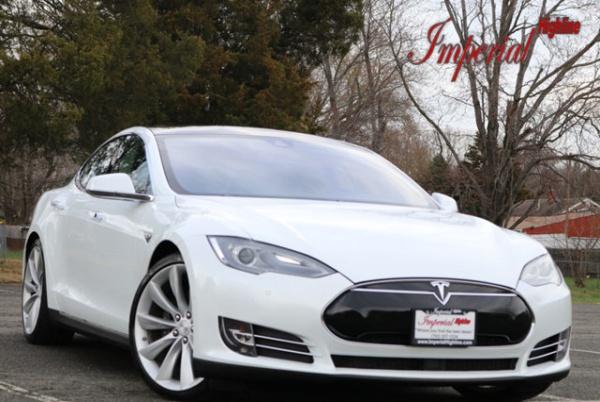 2015 Tesla Model S in Manassas, VA