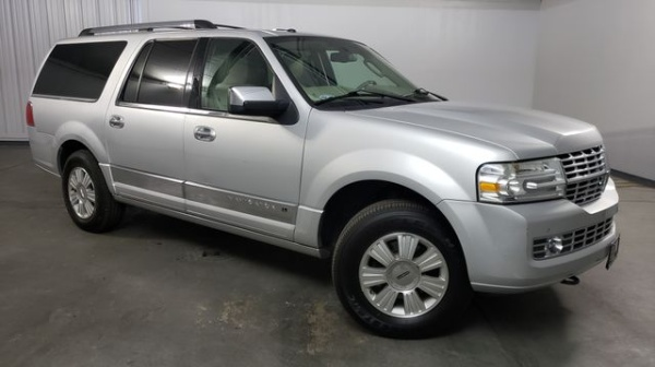 2012 Lincoln Navigator 2WD