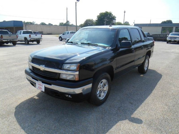 2006 Chevrolet Avalanche in Benson, NC