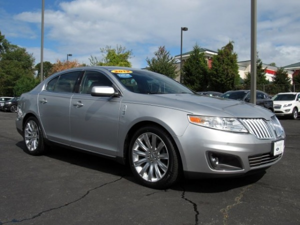 2012 Lincoln MKS in Springfield, PA