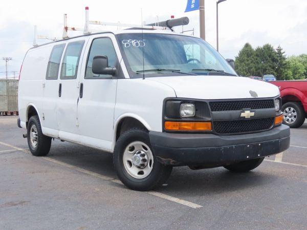 2010 Chevrolet Express Base
