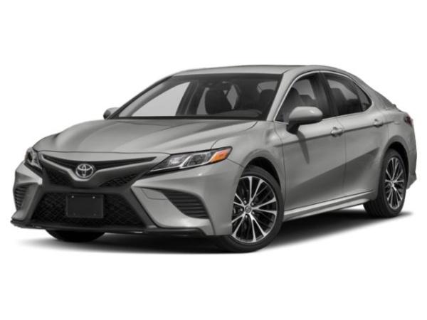 2019 Toyota Camry in Westbury, NY