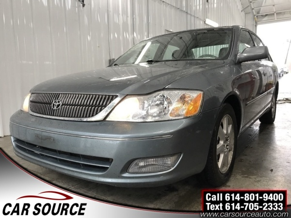 2002 Toyota Avalon in Grove City, OH