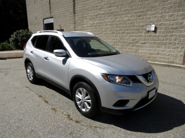 2016 Nissan Rogue in New London, CT