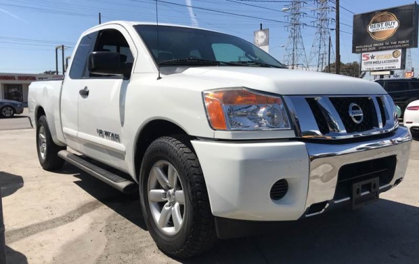 2015 Nissan Titan in Bellflower, CA