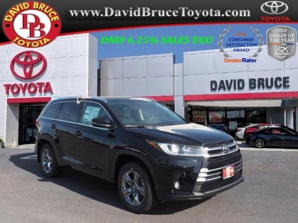2019 Toyota Highlander in Bourbonnais, IL