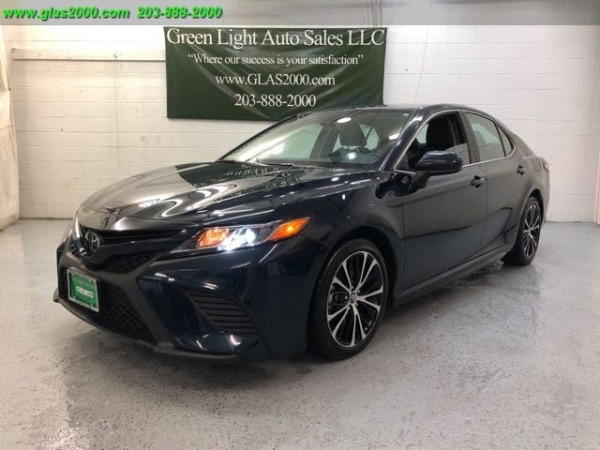 2019 Toyota Camry in Seymour, CT