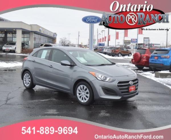 2017 Hyundai Elantra in Ontario, OR