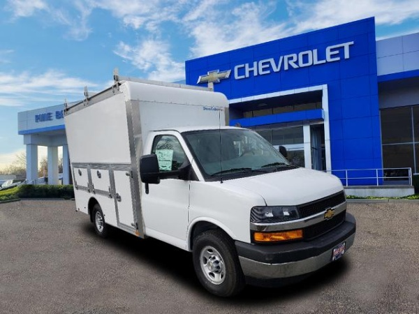 2020 Chevrolet Express Commercial Cutaway in Lakewood, NJ