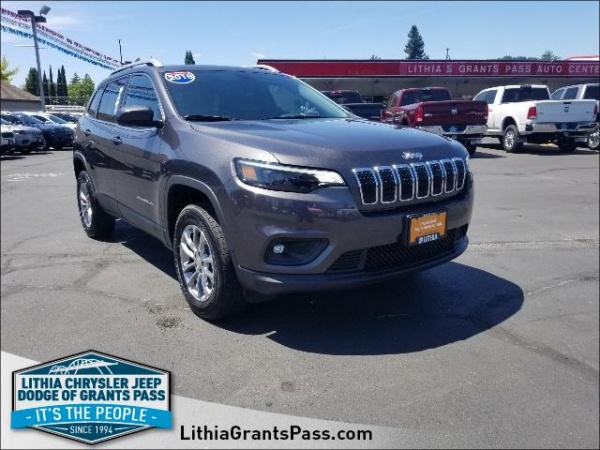 2019 Jeep Cherokee in Grants Pass, OR