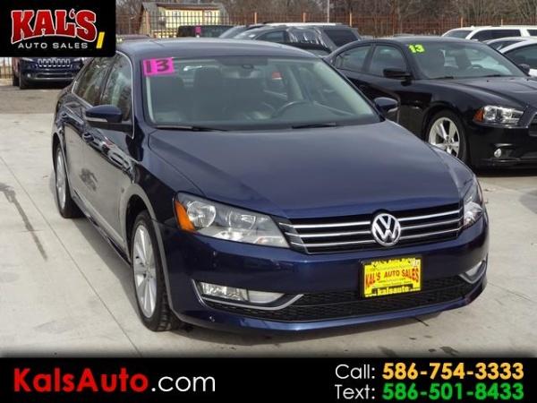 2013 Volkswagen Passat in Warren, MI