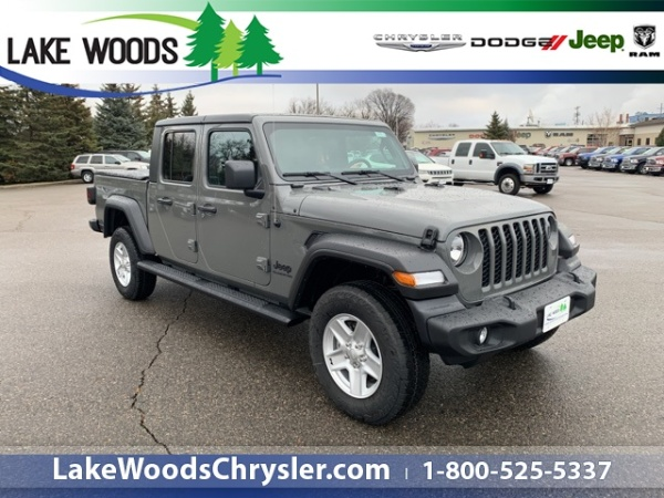 2020 Jeep Gladiator in Grand Rapids, MN