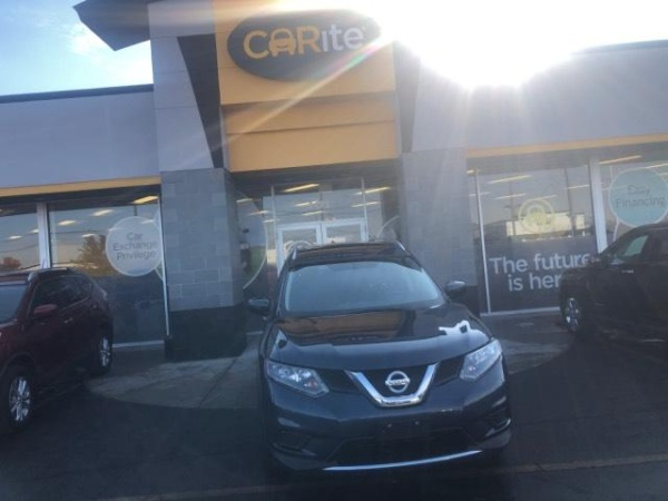 2016 Nissan Rogue in Madison Heights, MI