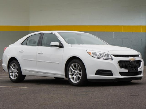 2015 Chevrolet Malibu in Garden City, MI
