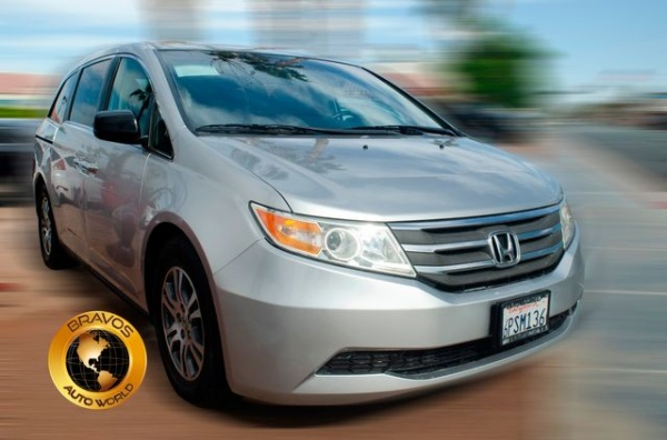 2011 Honda Odyssey in Cathedral City, CA
