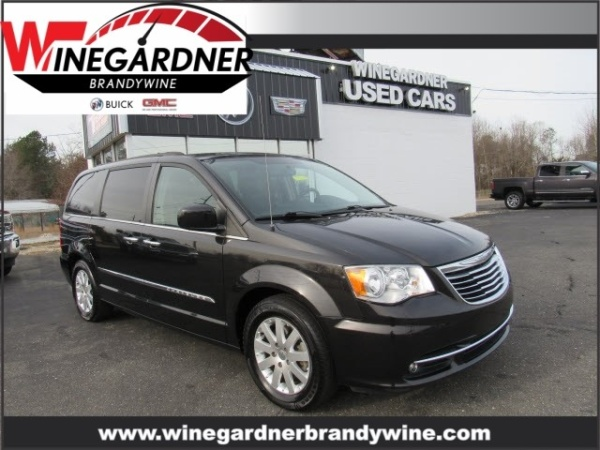 2015 Chrysler Town & Country in Brandywine, MD
