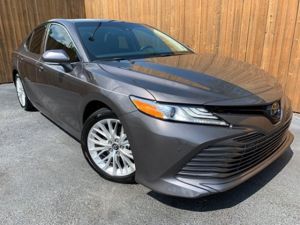 2018 Toyota Camry in Leesburg, GA