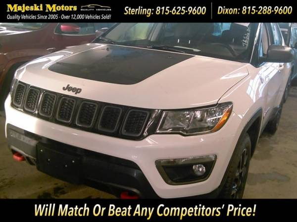 2019 Jeep Compass in Sterling, IL