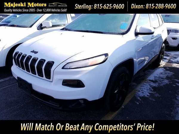 2017 Jeep Cherokee in Sterling, IL