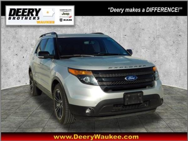 2015 Ford Explorer in Waukee, IA