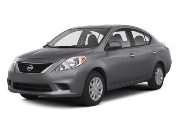 2013 Nissan Versa in Rockford, IL