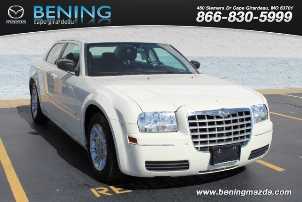 2005 Chrysler 300 in Cape Girardeau, MO