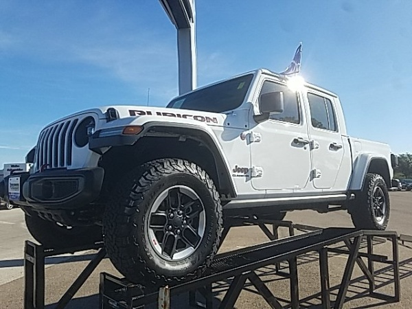 2020 Jeep Gladiator in Beeville, TX
