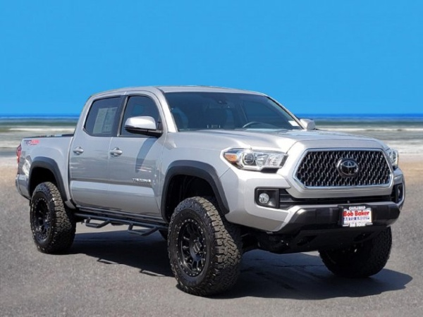 2018 Toyota Tacoma in Carlsbad, CA