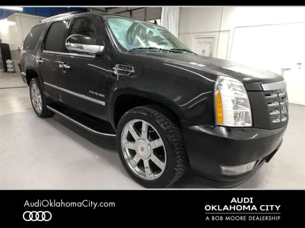 2013 Cadillac Escalade in Oklahoma City, OK