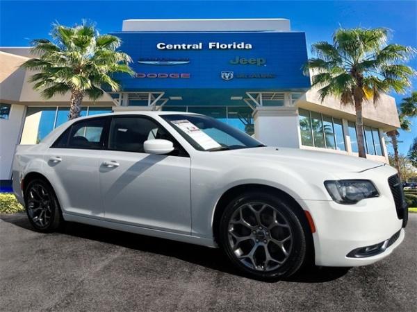 2018 Chrysler 300 in Orlando, FL