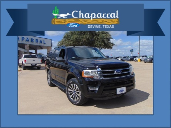 2017 Ford Expedition in Devine, TX