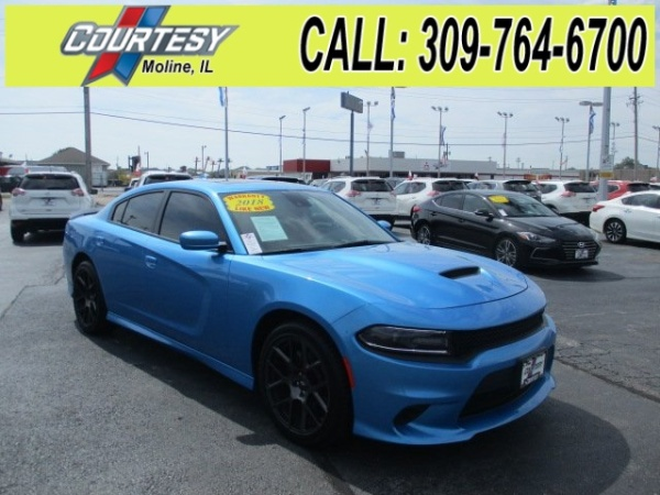 2018 Dodge Charger in Moline, IL