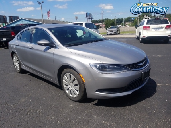 2016 Chrysler 200 in Danville, IL