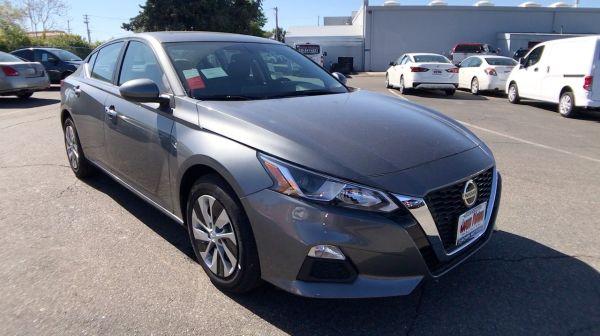 2020 Nissan Altima in Redding, CA