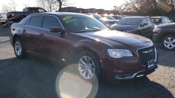 2015 Chrysler 300 in Danbury, CT