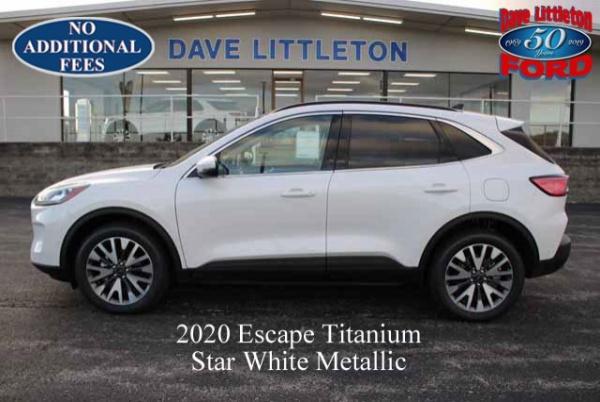 2020 Ford Escape in Smithville, MO