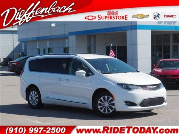 2018 Chrysler Pacifica in Rockingham, NC
