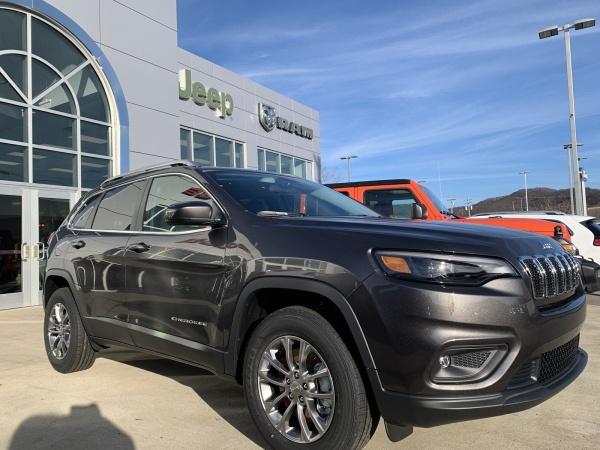 2020 Jeep Cherokee in Elkins, WV