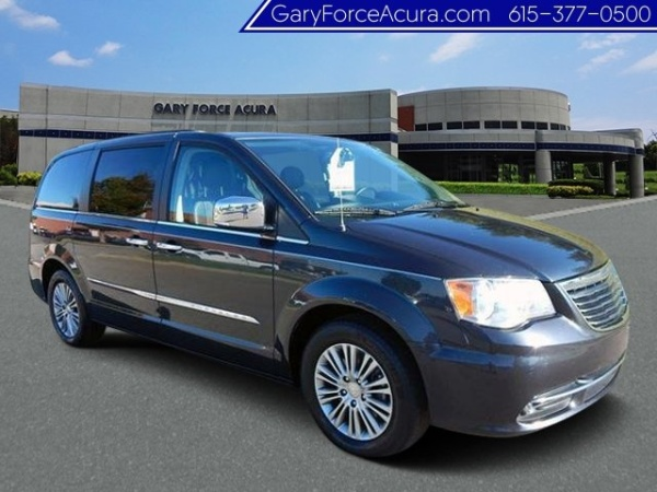 2014 Chrysler Town and Country Touring-L