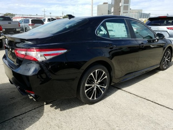 2020 Toyota Camry in Metairie, LA