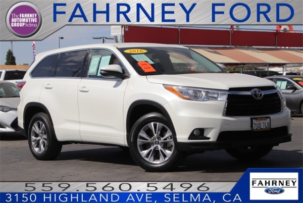 2016 Toyota Highlander in Selma, CA