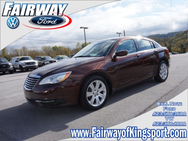 2013 Chrysler 200 in Kingsport, TN