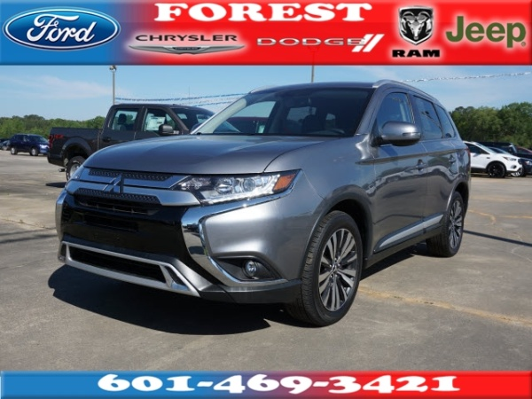 2019 Mitsubishi Outlander in Forest, MS