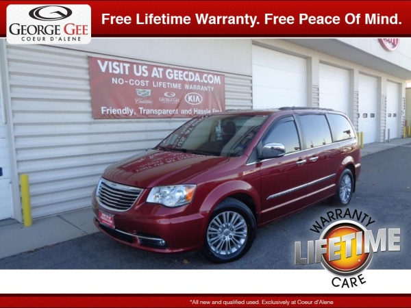 2016 Chrysler Town & Country in Coeur D'Alene, ID