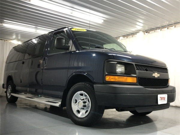 2008 Chevrolet Express Passenger in Hamler, OH