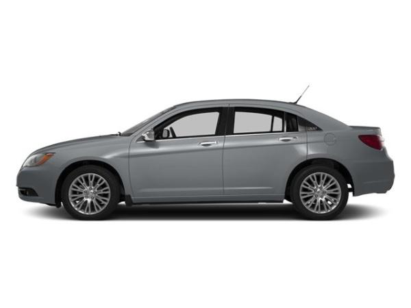 2014 Chrysler 200 in Malden, MO