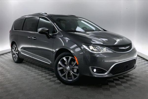 2020 Chrysler Pacifica in Hardeeville, SC