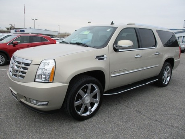 2008 Cadillac Escalade in Hagerstown, MD